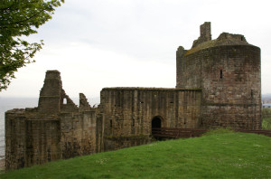 Ravenscraig Castle Photo Credit: Wikimedia User Otter